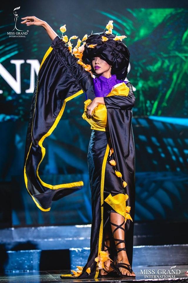Trước chung kết Hoa hậu hoà bình quốc tế 2019, Kiều Loan dẫn đầu top thí sinh được yêu thích nhất - 12