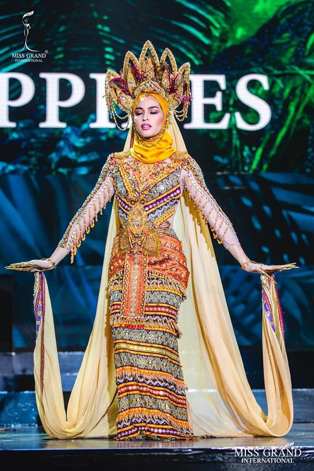 Trước chung kết Hoa hậu hoà bình quốc tế 2019, Kiều Loan dẫn đầu top thí sinh được yêu thích nhất - 11