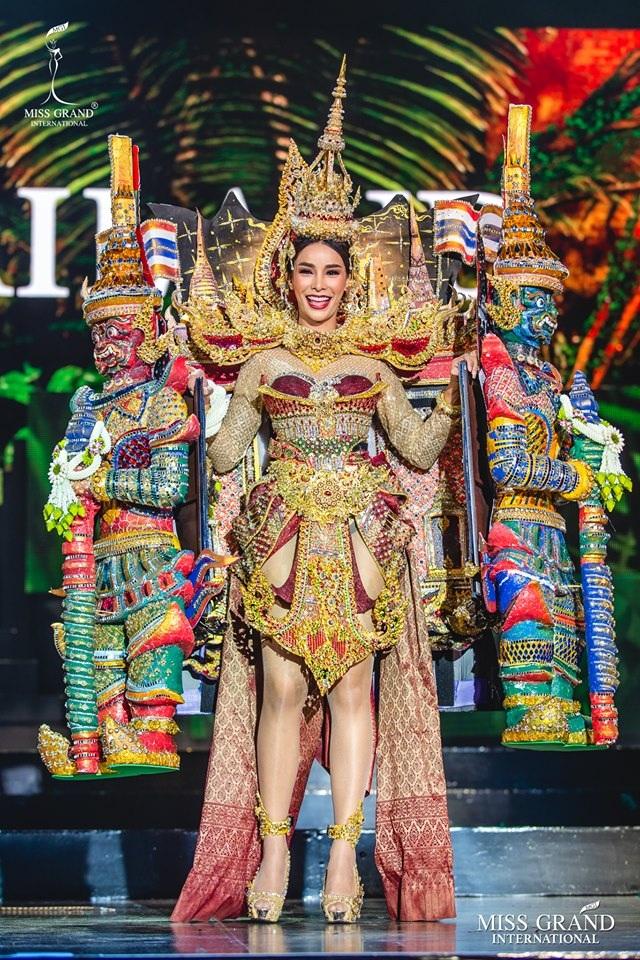 Trước chung kết Hoa hậu hoà bình quốc tế 2019, Kiều Loan dẫn đầu top thí sinh được yêu thích nhất - 13