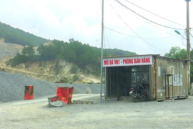 Núi Hồng chi chít những vết sẹo: Dãy núi huyền thoại bị xẻ thịt đến xót xa! - 5