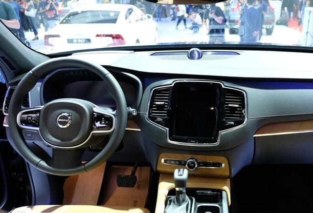 Volvo XC90 2020 khởi điểm từ 3,99 tỉ đồng - 8