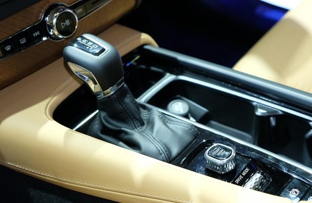 Volvo XC90 2020 khởi điểm từ 3,99 tỉ đồng - 9