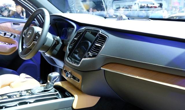 Volvo XC90 2020 khởi điểm từ 3,99 tỉ đồng - 3