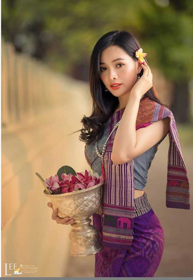 2 cô gái Lào đẹp tuyệt sắc giai nhân: Có người mang dòng máu Việt - 12