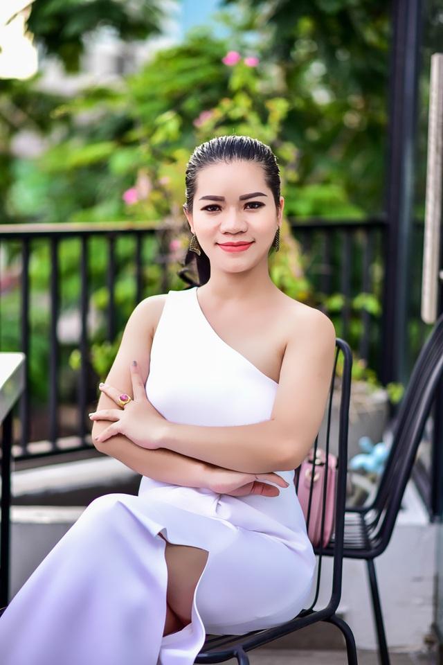 Cô gái vùng núi với ước mơ hàng triệu trẻ em Việt đều được học tiếng Anh - 1