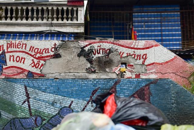 Hà Nội: Con đường gốm sứ kỷ lục Guinness xuống cấp, rạn nứt - 6