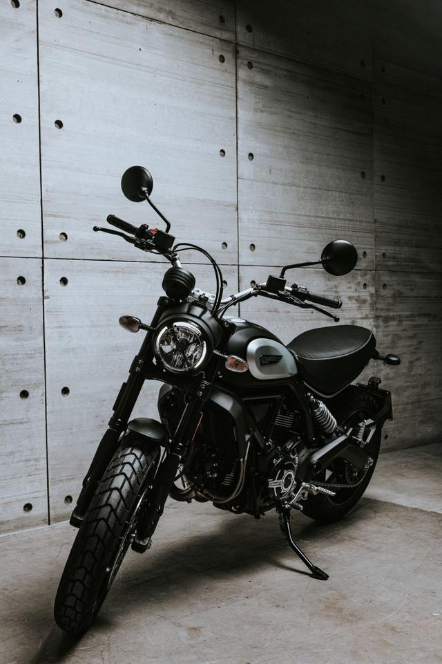 Ducati chỉ làm mới Scrambler bằng phiên bản Icon Dark cho năm 2020 - 2