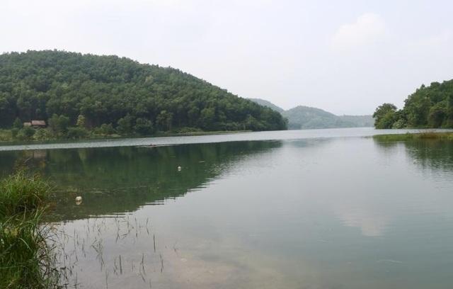 """Hòa Bình """"đòi lại"""" hồ Đầm Bài sau vụ ô nhiễm nguồn nước sạch sông Đà - 2"""