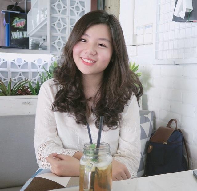 Nữ thủ khoa đầu ra ĐH Hà Nội tiết lộ bí quyết săn học bổng quốc tế - 1