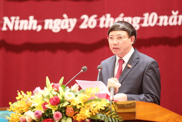 100% đại biểu HĐND thông qua Nghị quyết sáp nhập huyện Hoành Bồ vào TP Hạ Long - 3