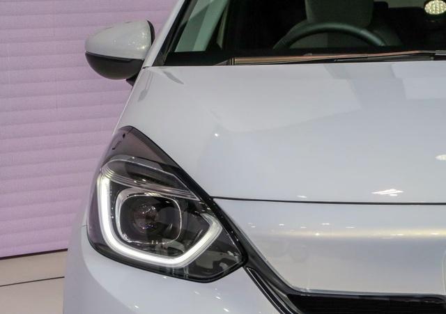 Honda hé lộ mẫu xe hạng B - Jazz thế hệ thứ ba - 8