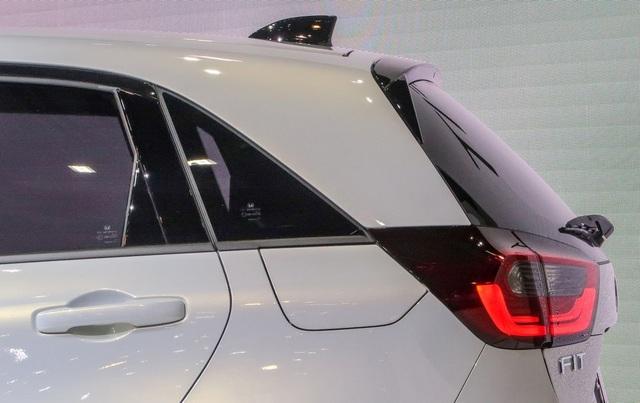 Honda hé lộ mẫu xe hạng B - Jazz thế hệ thứ ba - 10