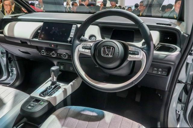 Honda hé lộ mẫu xe hạng B - Jazz thế hệ thứ ba - 11