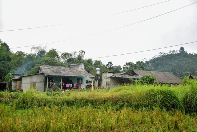 Tuyên Quang: Người dân như làm xiếc trên dây mỗi khi lũ về - 7