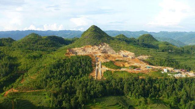 Bộ Văn hoá lên tiếng về việc xẻ núi xây khu văn hóa tâm linh gần di tích Cột cờ Lũng Cú - 2