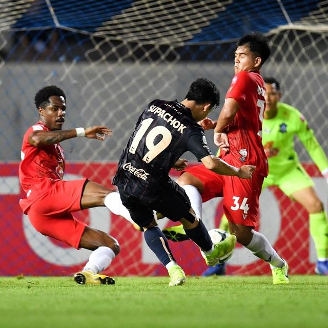 Supachai, Supachok bật khóc sau khi Buriram mất chức vô địch Thai League - 14