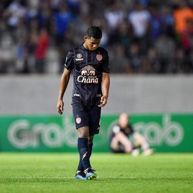 Supachai, Supachok bật khóc sau khi Buriram mất chức vô địch Thai League - 5