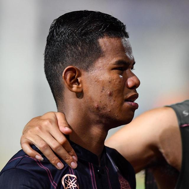 Supachai, Supachok bật khóc sau khi Buriram mất chức vô địch Thai League - 10