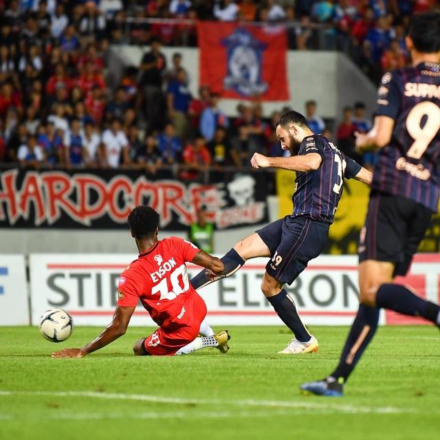 Supachai, Supachok bật khóc sau khi Buriram mất chức vô địch Thai League - 13