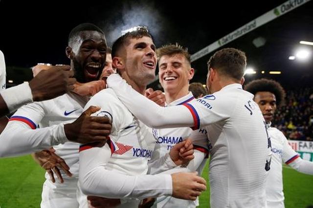 Pulisic lập hat-trick, Chelsea dễ dàng vượt qua Burnley - 1