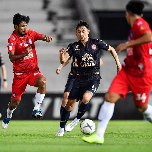 Supachai, Supachok bật khóc sau khi Buriram mất chức vô địch Thai League - 17