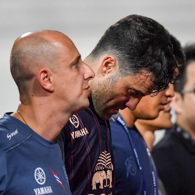 Supachai, Supachok bật khóc sau khi Buriram mất chức vô địch Thai League - 6