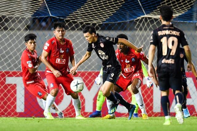 Supachai, Supachok bật khóc sau khi Buriram mất chức vô địch Thai League - 16