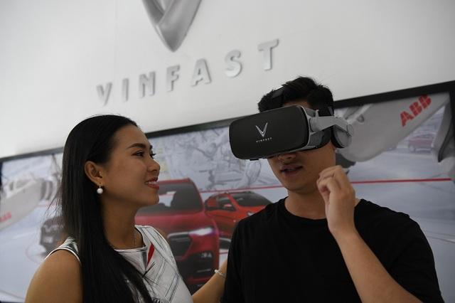 Giải mã 'hiện tượng' VinFast tại Vietnam Motor Show 2019 - 4