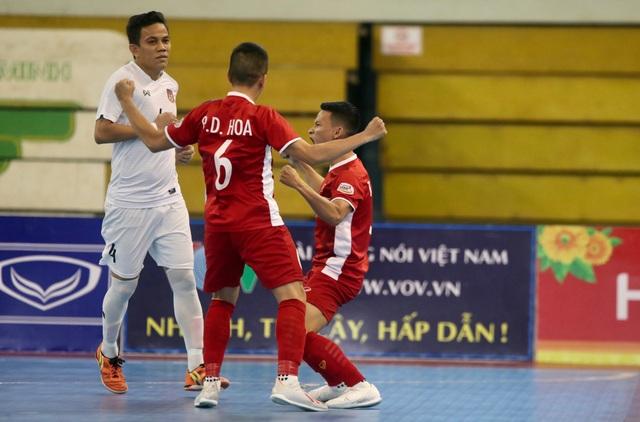 Những khoảnh khắc đội tuyển futsal Việt Nam giành vé dự giải châu Á  - 7