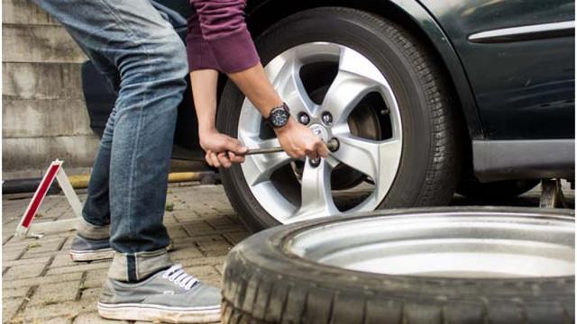 Lốp chửa có thể gây nguy hiểm đến tính mạng nếu không kịp thời khắc phục - 2