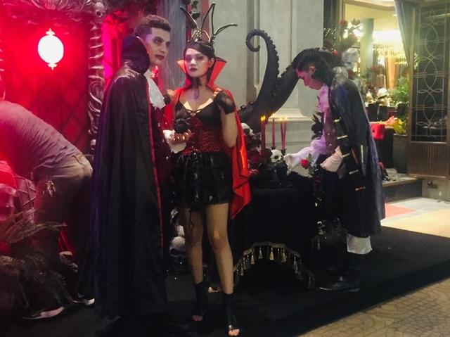 Thị trường Halloween: Tràn ngập sản phẩm xuất xứ từ Trung Quốc - 9