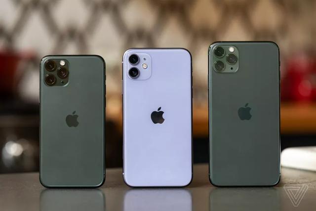 Được và mất gì khi mua iPhone chính hãng và iPhone xách tay? - 1