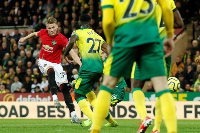 Norwich 1-3 Man Utd: Rashford, Martial cùng đá hỏng 11m - 3