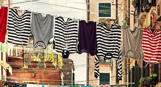 Chọn tủ sấy hay máy sấy để làm khô quần áo ướt trong ngày mưa gió rét? - 1