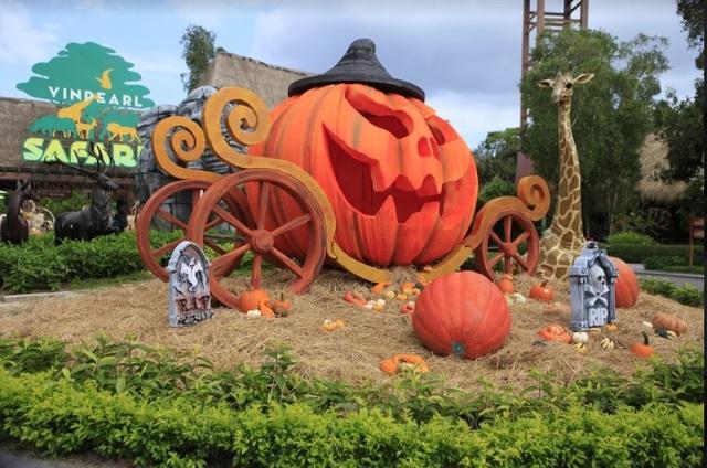 """Choáng với """"siêu bảo tàng"""" bí ngô của Vinpearl trong mùa Halloween - 10"""