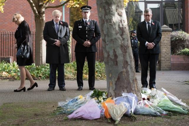 Thủ tướng Anh chia buồn với gia đình 39 nạn nhân thiệt mạng trong xe tải - 3