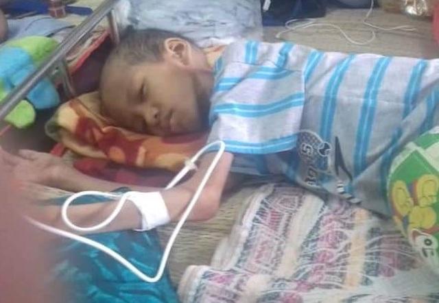 Xót xa bé trai gầy trơ xương, bụng phình như cái trống vì bệnh tật - 5