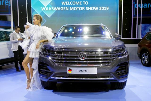 Tịch thu xe, xử phạt công ty nhập khẩu xe Volkswagen dùng bản đồ có đường lưỡi bò - 1