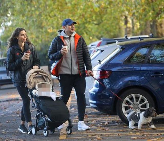 Ngắm gia đình hạnh phúc của HLV Frank Lampard - 1