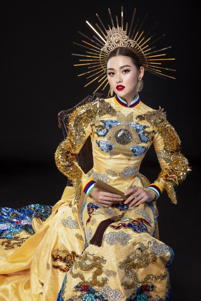 Á hậu Tường San khó chọn trang phục dân tộc khi đi thi quốc tế - 2