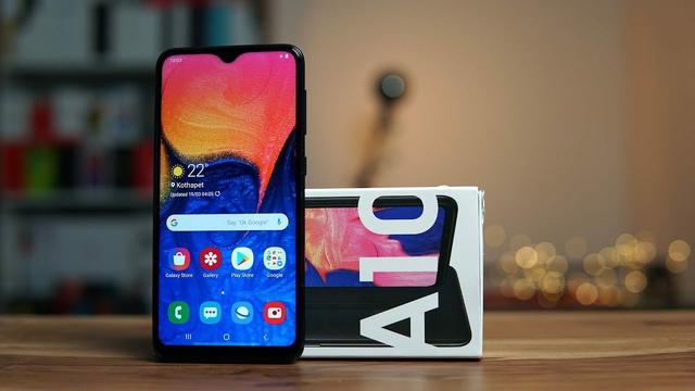Những mẫu điện thoại đứng đầu các phân khúc tháng 9/2019 - 1