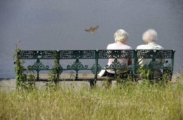 Nước Đức đau đầu với bài toán tăng tuổi hưu - 1