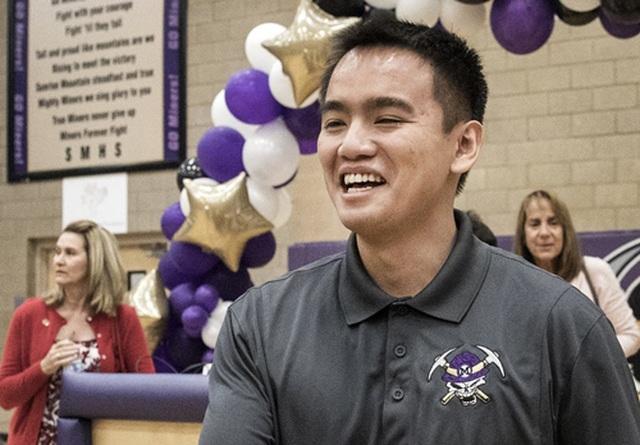Thầy giáo gốc Việt 27 tuổi đoạt giải thưởng giáo dục uy tín nhất nước Mỹ - 2