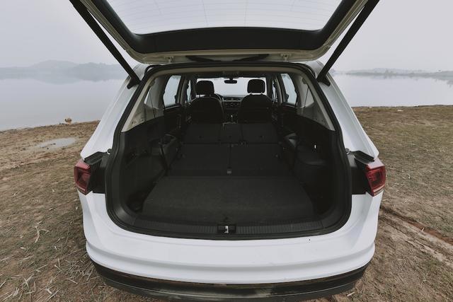 Volkswagen ra mắt Tiguan Allspace Luxury S mang phong cách Off-Road với giá 1,869 tỷ đồng - 4