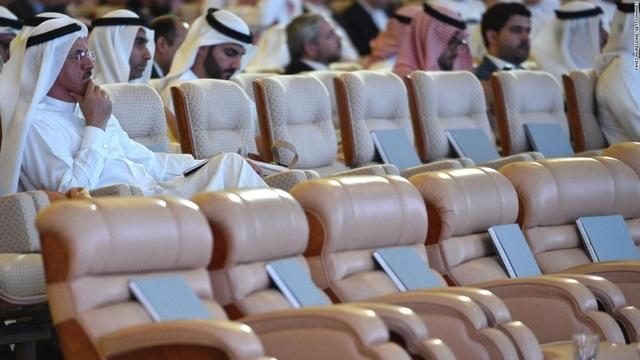"""Vương triều Saudi Arabia trước """"lời nguyền tài nguyên"""" - 1"""