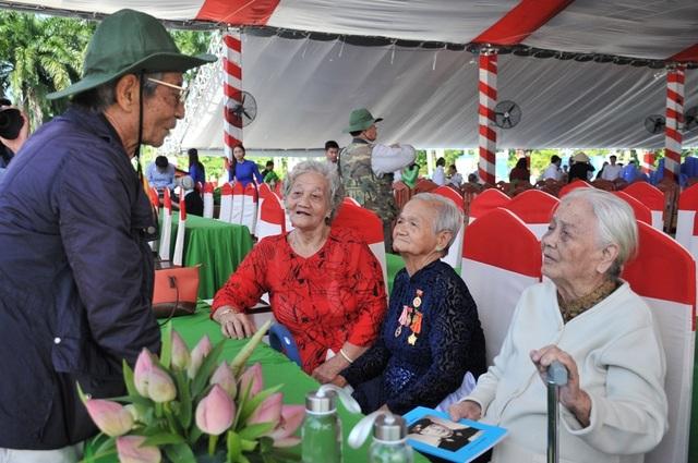 Khánh thành tượng đài Tập kết 1954 dịp kỷ niệm 65 năm ngày tiễn đoàn quân cuối cùng ra Bắc - 4