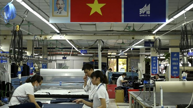 CNBC: Việt Nam còn rất xa mới vươn tới năng lực sản xuất như Trung Quốc - 1