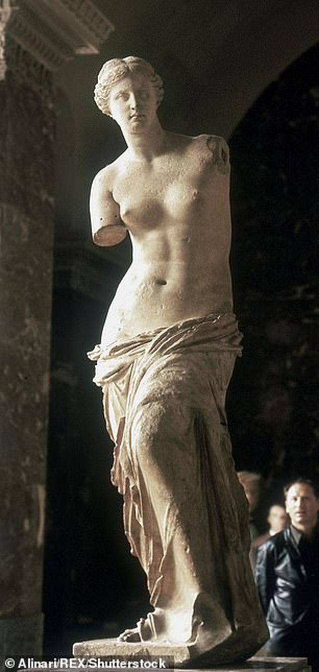 Thần Vệ Nữ nắm giữ... bí quyết tạo dáng đẹp đã có từ thời xa xưa - 1