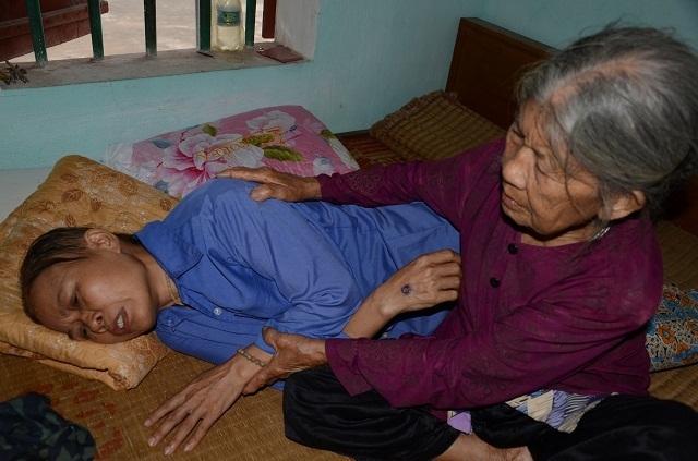 Cụ bà tuổi 90 thèm một bữa cơm có thịt trước khi nhắm mắt, nghe mà nhói lòng! - 9