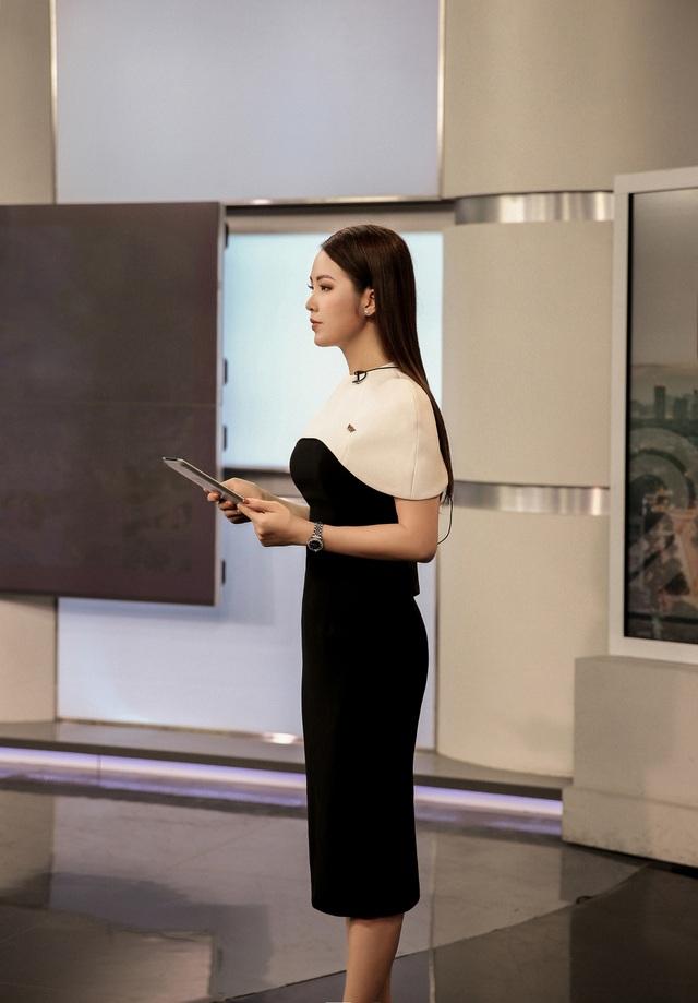 """BTV Thuỵ Vân tiết lộ """"luật ngầm bất thành văn"""" khi lên sóng VTV - 8"""